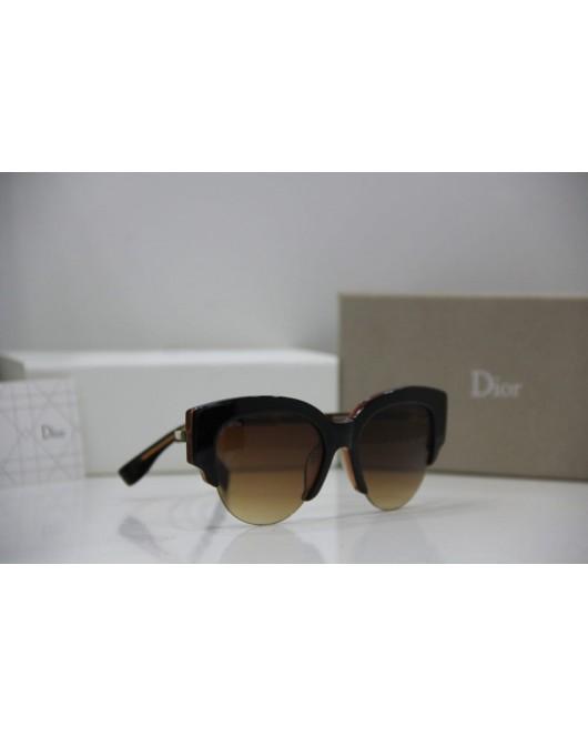 Youth sunglasses, black in dark brown